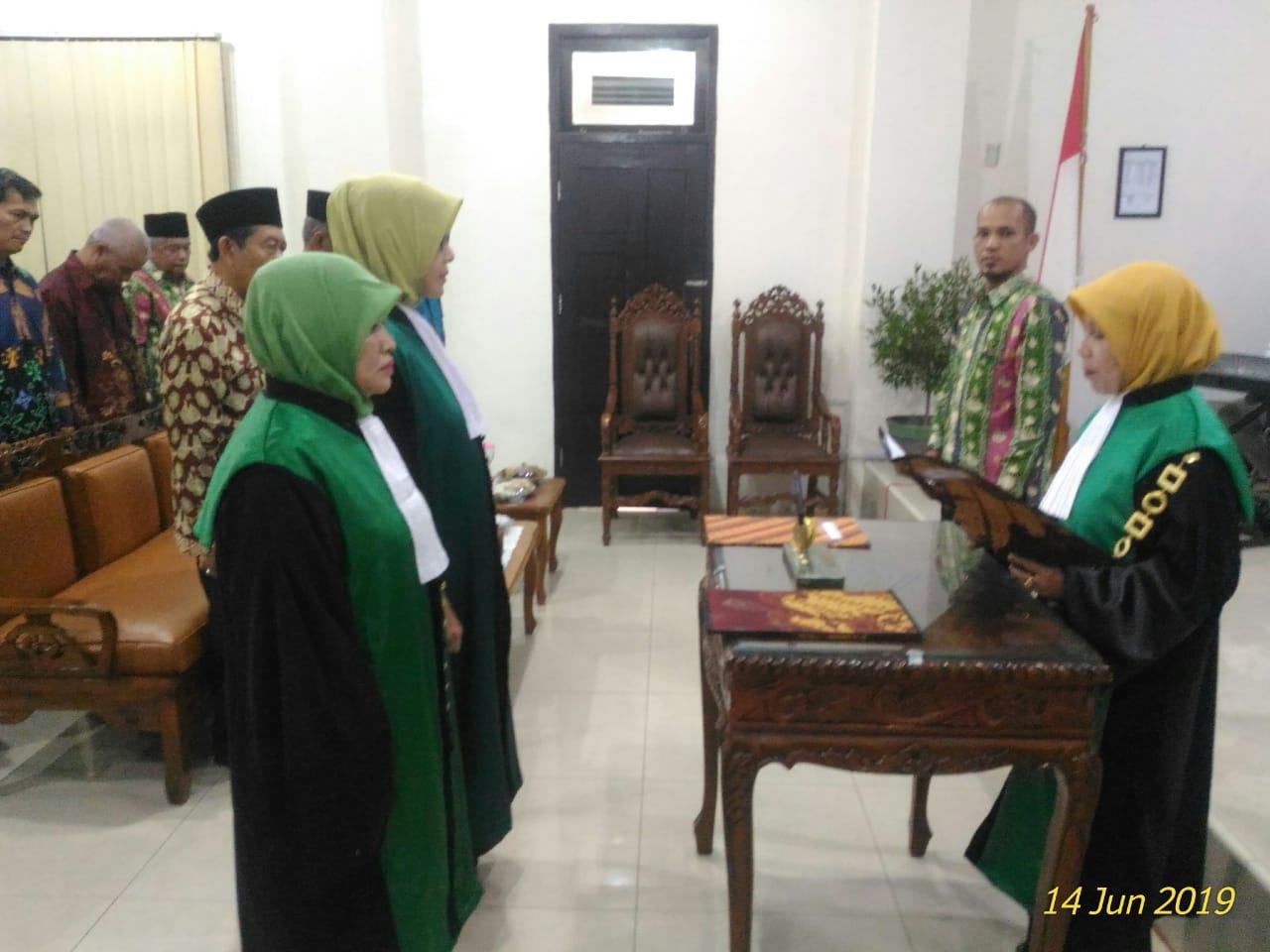 Kali ini, Dua Srikandi Dilantik Sebagai Hakim PA Jambi | (17/6)