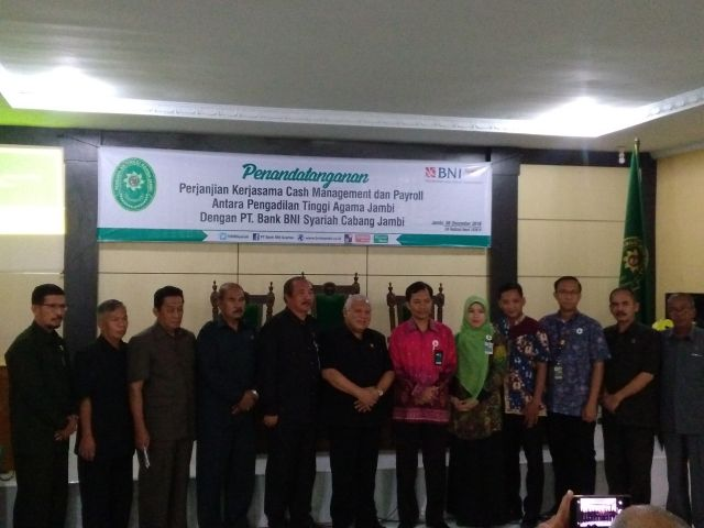 PA Jambi hadiri Penandatanganan Perjanjian Kerjasama PTA Jambi dengan Bank BNI Syariah Jambi